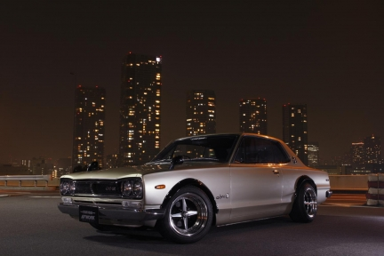 Nissan GTR KGC10 con Work Equip 01