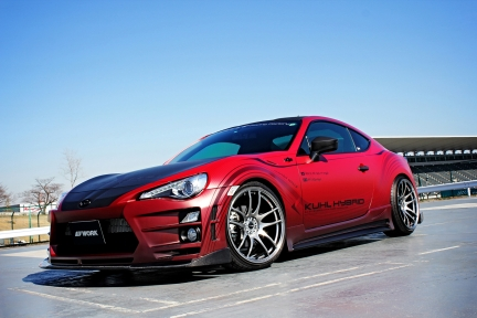 Toyota 86 con Work Emotion Kiwami