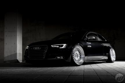 Audi S5 con Work Wheels Gran Seeker CCX