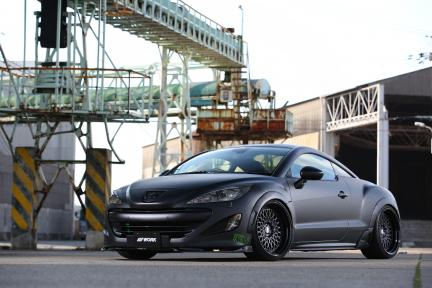 Peugeot RCZ con Work Wheels Gran Seeker CCX