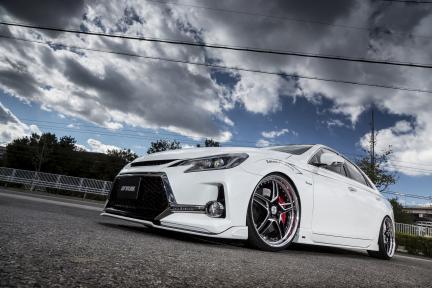 Lexus con Work Wheels Durandal DD