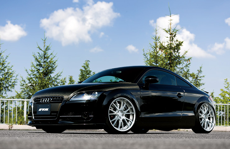 Audi TT con Work Wheels Gnosis GF4