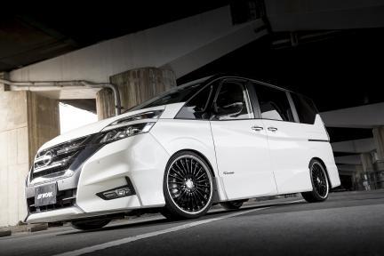 Sunyard Nissan Serena con Work Lanvec LF1