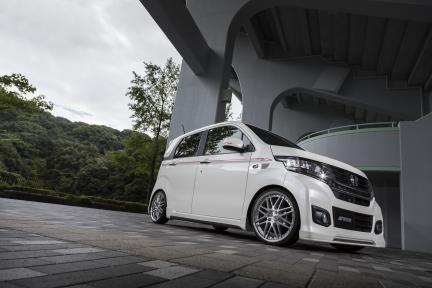 Honda con Work Wheels Rizaltado Mesh