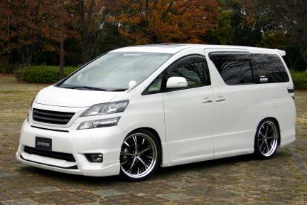 Toyota con Work Wheels Schwertz SC4