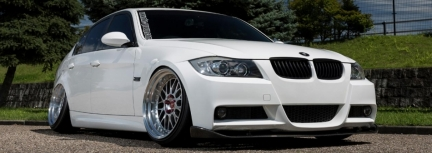 BMW E90 con Work Wheels Zistance W10M