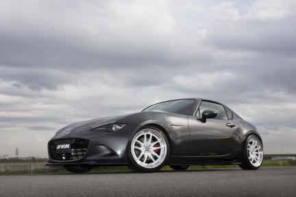 Mazda MX-5 RF con Work Emotion CR 2P