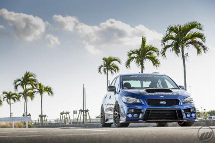 Subaru WRX STI con Work Emotion M8R
