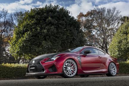 Lexus RF-C con Work Wheels Emotion M8R