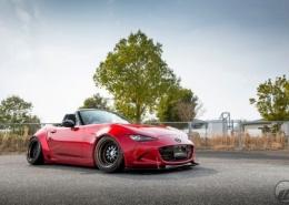 Mazda con Work Wheels Meister M1 3P