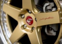 Toyota con Work Wheels Zistance W5S